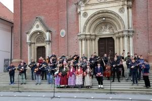 [VIDEO] Đakovački tamburaški oproštaj od Krunoslava Kiće Slabinca