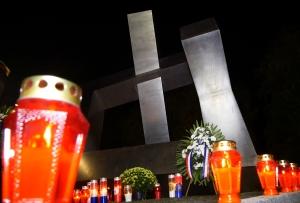 [VIDEO] Poklonili se žrtvama Vukovara i Škabrnje