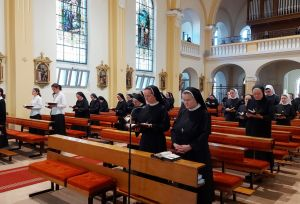 Svetkovina samostanske crkve Presvetog Srca Isusova u Đakovu